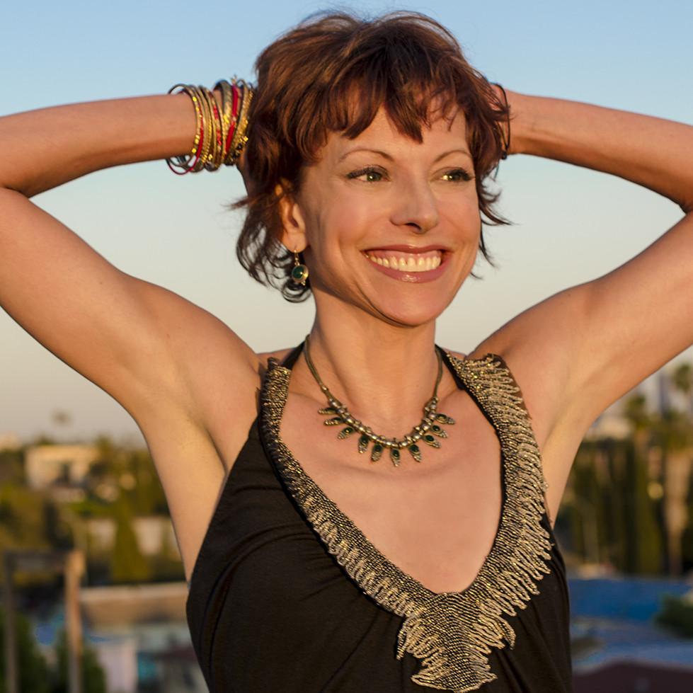 Jeanne Heileman Yoga Teacher and Instructor – Yogaworks